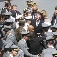 Com origem no Exército, presidente conta com nomes das Forças Armadas nos diversos escalões da administração federal  Foto Fernando Frazão