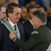 Presidente Jair Bolsonaro e o comandante do Exército Edson Pujol Foto: DIda Sampaio/Estadão
