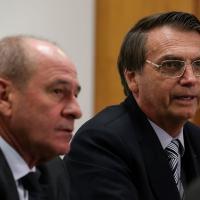 Gen Ex Azevedo e Presidente Bolsonaro na Reunião sobre a crise na Venezuela, Palácio do Planalto, 22FEV2019. Foto: Marcos Corrêa/PR