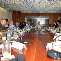 Presidente Bolsonaro participa de reunião na Defesa para acompanhamento da situação da Venezuela e da Operação Acolhida Foto - Teresa Sobreira / MD
