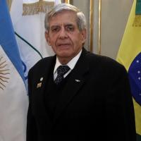 O ministro do GSI, Gen Augusto Heleno, alertou para a presença de organizações criminosas que financiam o terrorismo na região; avaliou a visita do presidente brasileiro