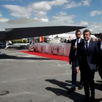 O presidente francês, Emmanuel Macron, participou no final da manhã da apresentação do modelo de um caça do projeto de 'Sistema de Combate Aéreo do Futuro'