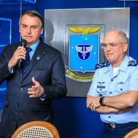 FAB - Bolsonaro participa de encontro com Oficiais-Generais da FAB