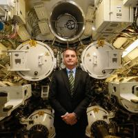 Presidente Bolsonaro na Seção 4, aqui é o compartimento de armas do submarino com seis tubos lançadores de torpedos, mísseis ou minas submarinas.