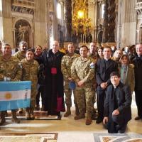 Militares Argentinos integrantes da Missão de Oaz no Chipre em visita ao Vaticano no início de janeiro 2020 ( UNFICYP -United Nations Peacekeeping Force in Cyprus) Ao centro o Capelão Olivera.