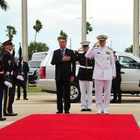 Almirante Faller comandante do SOUTHCOM com o Presidente Jair Bolsonaro Foto - SOUTHCOM