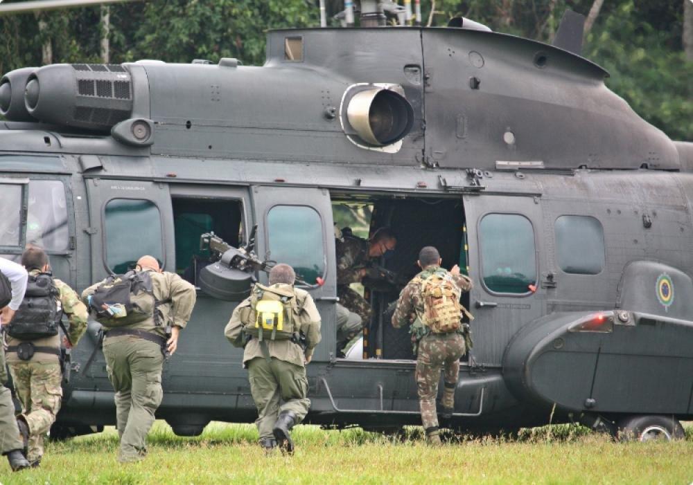 DefesaNet - Verde Brasil - Na Amazônia Legal, militares agem na ...