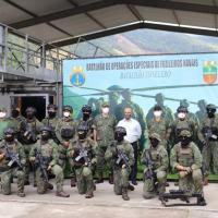 O líder do Governo Bolsonaro, na Câmara Federal, deputado Federal Vitor Hugo (PSL/GO) visitou Lendário Batalhão Tonelero