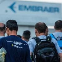 Sem negociação e em plena pandemia, Embraer demite 2.500 trabalhadores