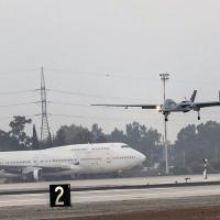 O UAV Heron é o primeiro do mundo a pousar em um aeroporto internacional e se integrar ao espaço aéreo junto com voos comerciais