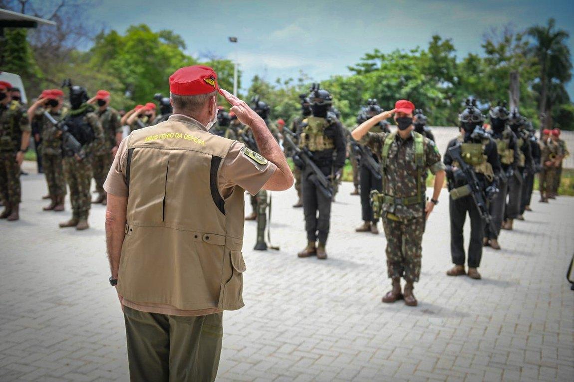 Defesanet Defesa Ministro Da Defesa Participa De Eventos Em Homenagem Aos Precursores Paraquedistas