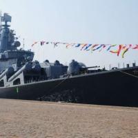 Almirante Vinogradov teria emitido alerta