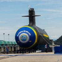 A imponente figura do S-41 Humaitá. Foto Beatriz Pereira - Especial para DefesaNet