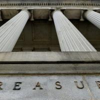 O ataque invadiu softwares usados pelos Departmentos do Tesouro e do Comércio dos Estados Unidos