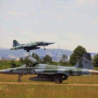 Link-BR2 - FAB realiza Campanha de Ensaio em Voo embarcado no F-5M