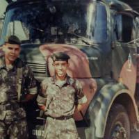 Ex-soldado motorista restaura viatura adquirida em leilão que dirigiu há 25 anos