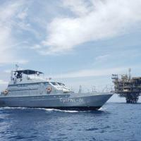"""AviPa """"Dourado"""" durante inspeção naval nas proximidades da Plataforma Manati"""