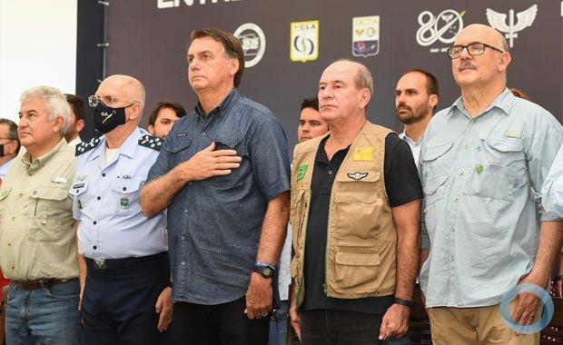 Ministro da Defesa participa de solenidade de entrega de títulos de propriedade em Alcântara