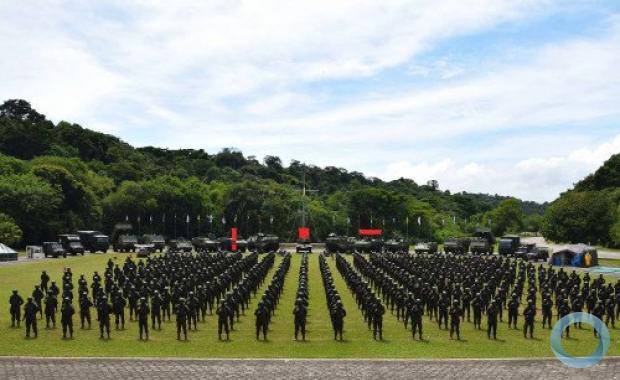 Militares e meios da Força de Fuzileiros da Esquadra durante a cerimônia militar