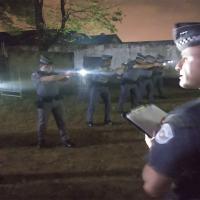 Testes para verificar quais as técnicas de emprego de lanterna recebem maior aprovação do policial em razão da simplicidade e eficiência Foto Cap Zuliani PMESP