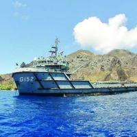 """NApOc """"Purus"""" transporta alimentos e equipamentos para a manutenção do Posto Oceanográfico na Ilha da Trindade"""