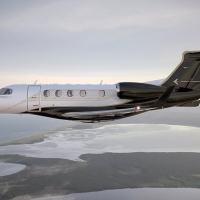 Phenom 300 da Embraer se torna o jato leve mais vendido do mundo pelo nono ano consecutivo e o jato bimotor mais entregue em 2020