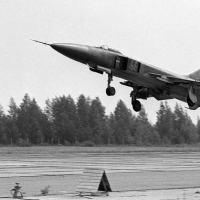 As forças soviéticas colocaram em alerta suas divisões de caças-bombardeiros no leste da Alemanha