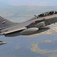 Rafales adquiridos pelo Egito, em 2015, agora o país adquiriu o SU-35 da Rússia