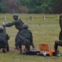 A demonstração de tiro de morteiro 81mm  foi feita no Centro de Avaliações do Exército