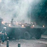 A dupla de blindados Guarani operando em Beirute, nas manifestações de Setembro de 2020. Foto: RTArabicTV