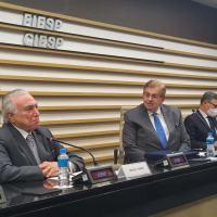 SIMDE entrega Prêmio General Mursa ao Ex-Presidente Temer