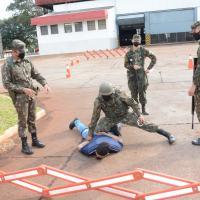 Adestramento básico de operações de garantia da lei e da ordem (Op GLO).
