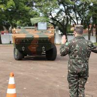 1ª Brigada de Cavalaria Mecanizada Realiza Capacitação de Operador da VBTP-MSR 6X6 Guarani -  Foto Marcelo Langoni-2º Sgt R1 PTTC