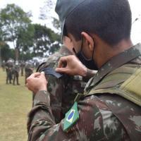 Militares do 6º BIM também ministraram uma instrução aos alunos do Curso Avançado de Montanhismo - Crédito: Sd Bernardino