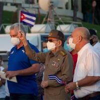Diaz-Canel e Raul Castro em manifestação pró governo, em 17 JUL 2021. Foto Radio Caracas