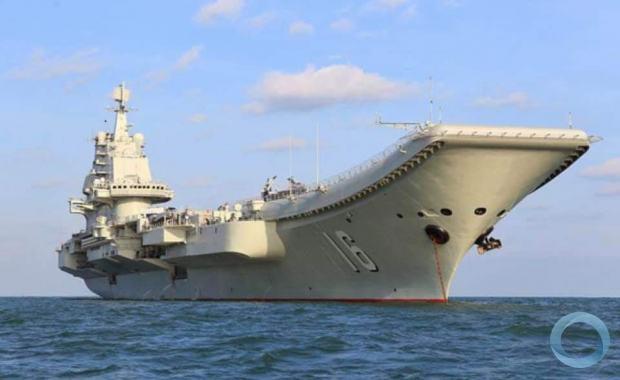 Porta-aviões Liaoning baseado em uma belonave da ex-Uunião Soviética. dois outros projetos estão em curso