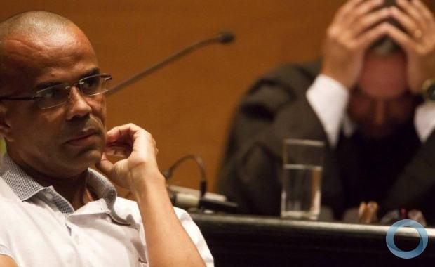 O intelectual Fernandinho Beira-Mar em julgamento.
