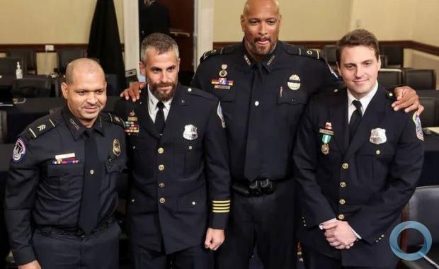 Policiais em audiência no Congresso dos EUA