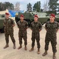 BR-RU - Paraquedistas brasileiros chegam à Rússia para participar dos Jogos Internacionais do Exército