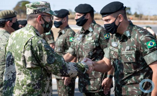Realizada no Forte Santa Bárbara, em Formosa (GO), a reunião teve como objetivos explorar e promover intercâmbios e programas de cooperação e estreitar os laços de amizade entre as Forças participantes.