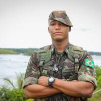 São os profissionais dessas unidades militares que apoiam as comunidades locais em suas necessidades mais básicas