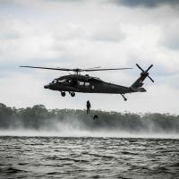O estágio tem por finalidade ampliar a capacitação profissional dos militares no emprego tático da aviação do Exército em missões conjuntas com a Força de Superfície. - Créditos: Cb Messias