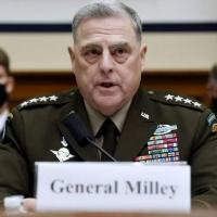 O chefe de Estado-maior Conjunto, general Mark Milley, depõe em uma audiência do Comitê das Forças Armadas da Câmara Baixa, 29 de setembro de 2021 em Washington (AFP/Olivier DOULIERY)