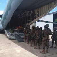 Militares do EB embarcaram na aeronave da FAB