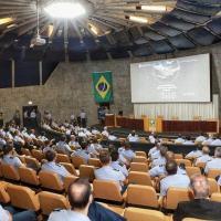 """1ª Conferência de Armamento Aéreo, com o tema """"A soberania da Pátria começa com o domínio dos céus!"""""""