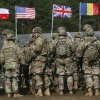 A OTAN está gradualmente reunindo forças perto de nossas fronteiras em meio a pedidos de dissuasão militar da Rússia